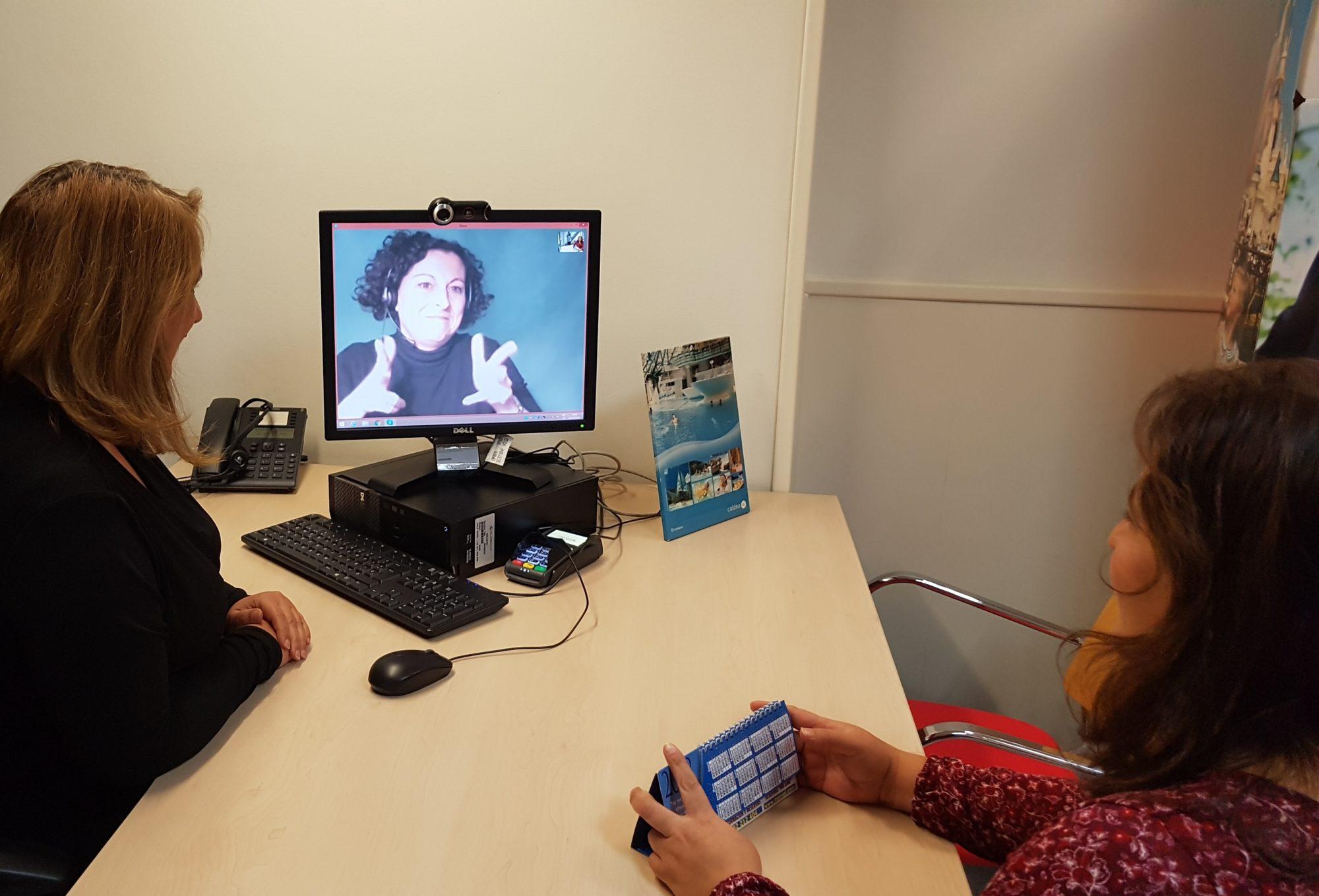 Halc n viajes accesible para personas sordas noticias nacer sordo - Oficinas viajes halcon ...
